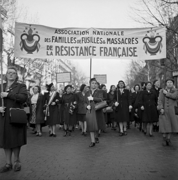 International Women'S Day : Demonstration of Women in Paris March 7, 1948 (b/w photo)